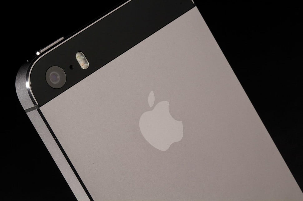 apple iphone 5s rear camera angle side