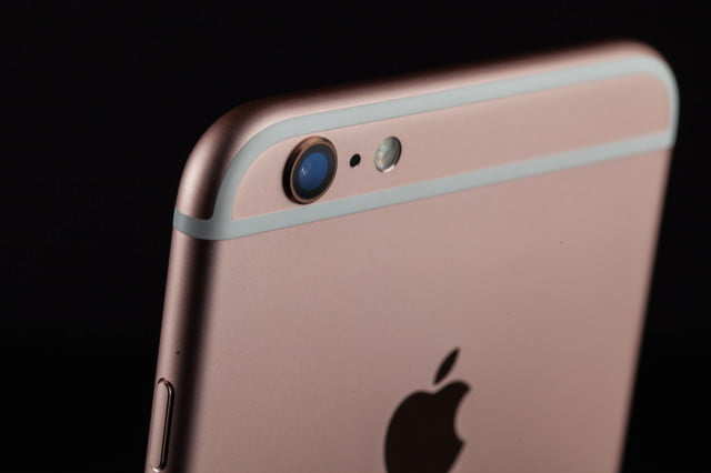 apple  first quarter iphone s plus review camera