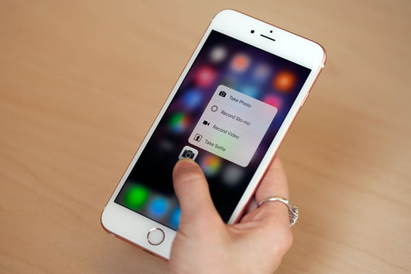 Apple's iPhone 6S Plus punches stronger than ever, if you've got the mitts for it