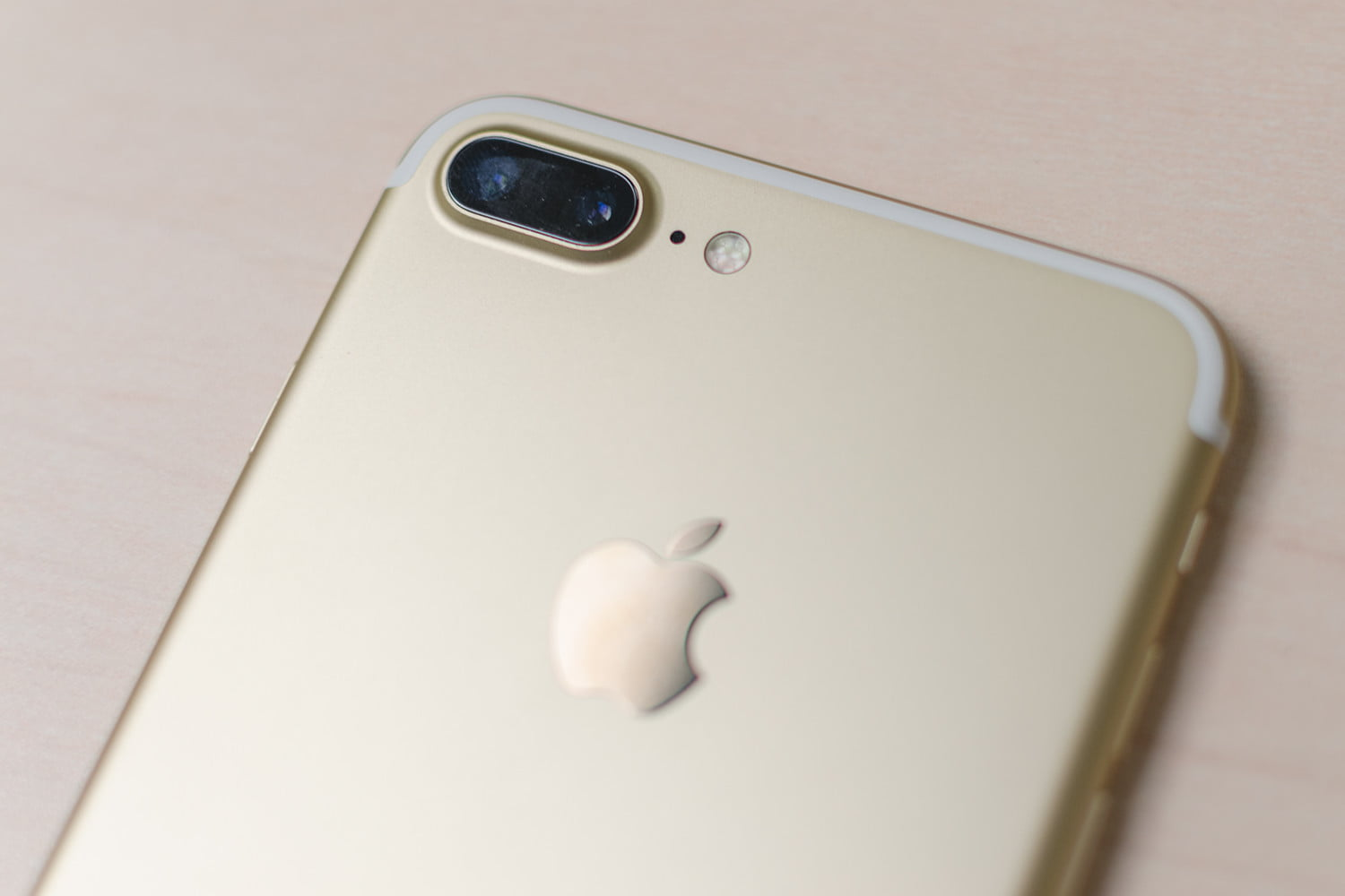 iphone 7 and iphone 7 plus hands on specs features