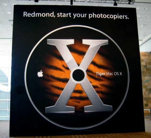 Apple banner Redmond Start Your Photocopies (ross_tt)