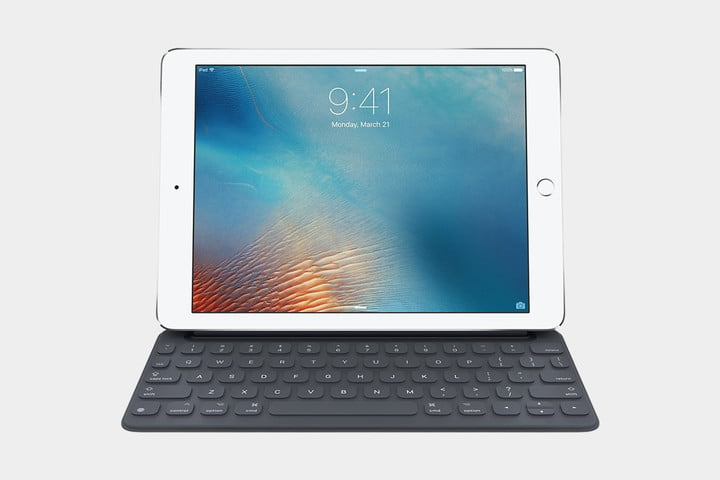 Apple Smart Keyboard for 12.9-inch iPad Pro 1