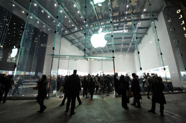 Apple-Store-racial-profiling-lawsuit-NYC