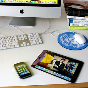 apple-tablet-desktop