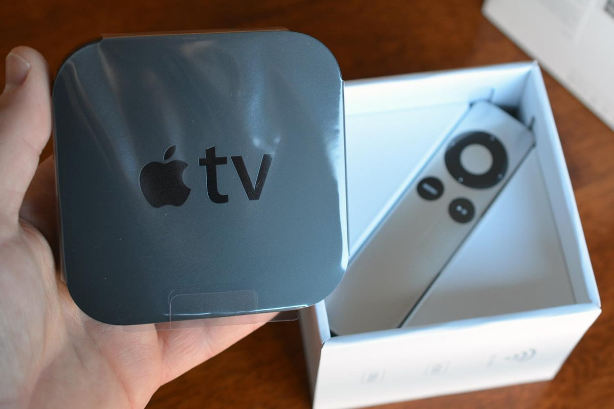 study apple tv falls to  th place behind roku google and amazon