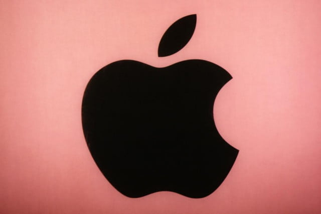 apple deploys automatic os x security update first time applered