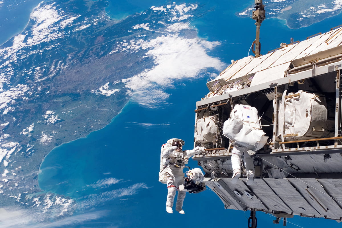 top tech stories you missed  international space station
