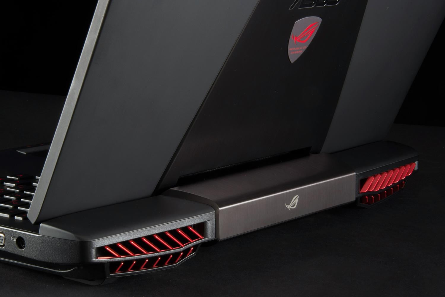 asus-rog-g751jy-dh71-review-rear-vents-1500x1000.jpg (1500×1000)