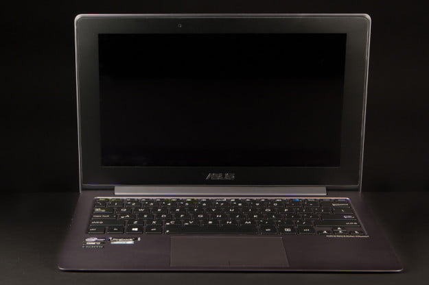 Asus Taichi review front open screen off