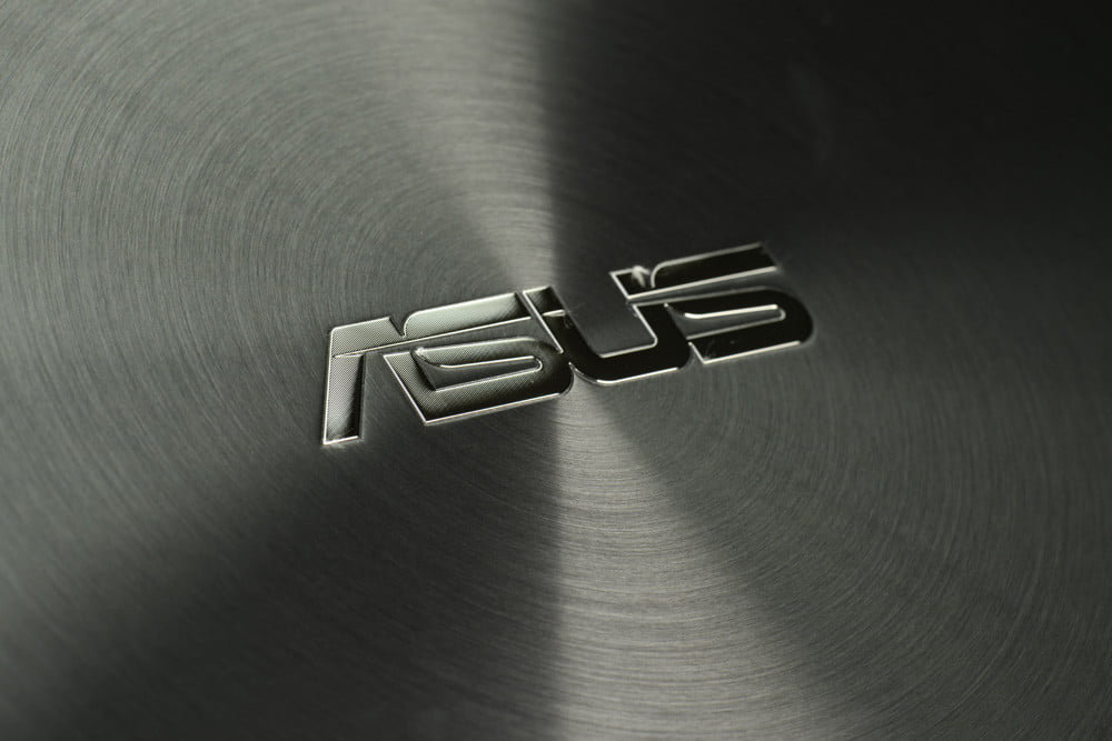 ASUS Zenbook UX51Vz Review logo windows 8 laptop