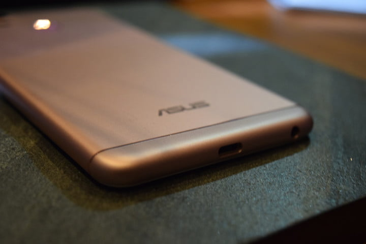 asus zenfone  zoom first impressions ces