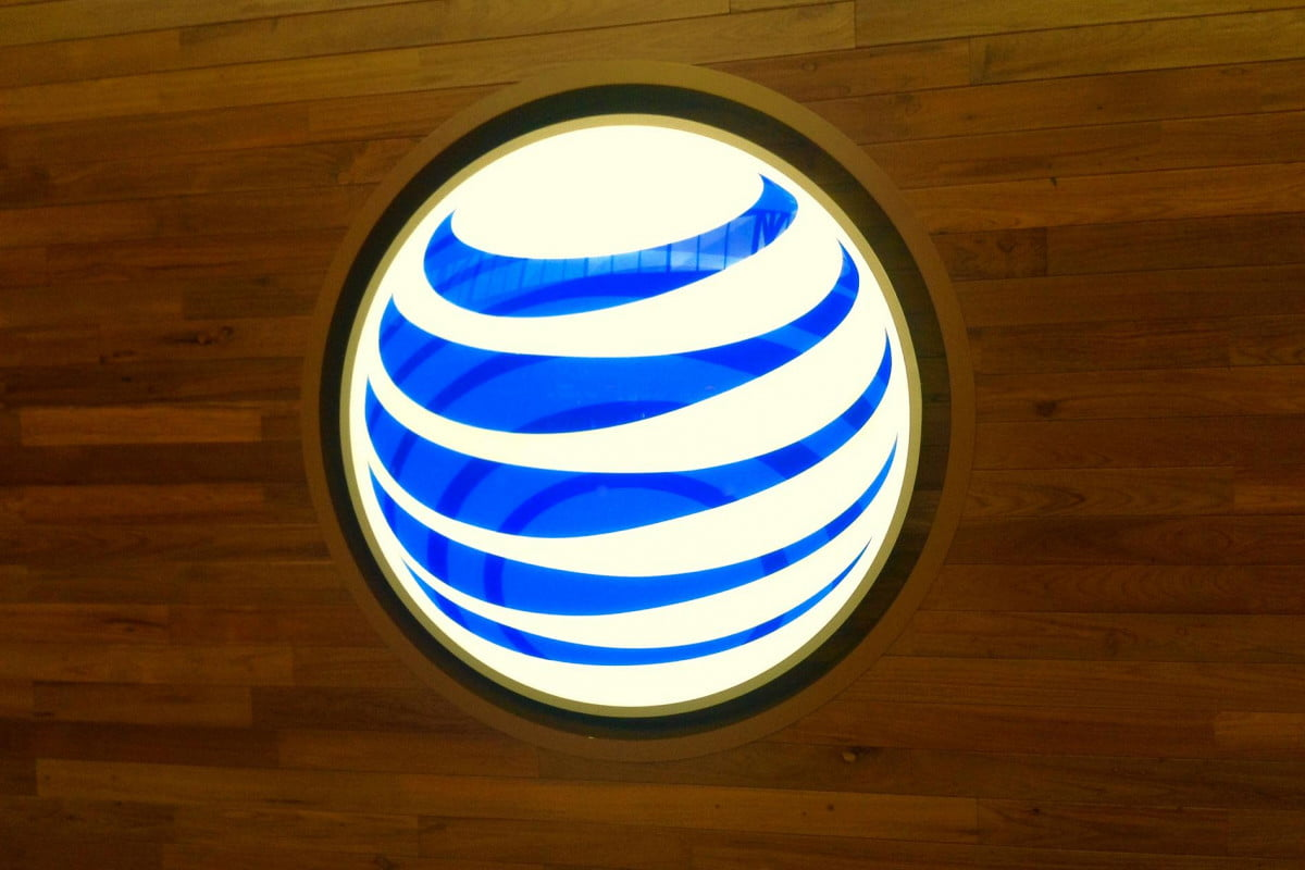 the price of free att injecting ads into its wi fi hotspots at amp t