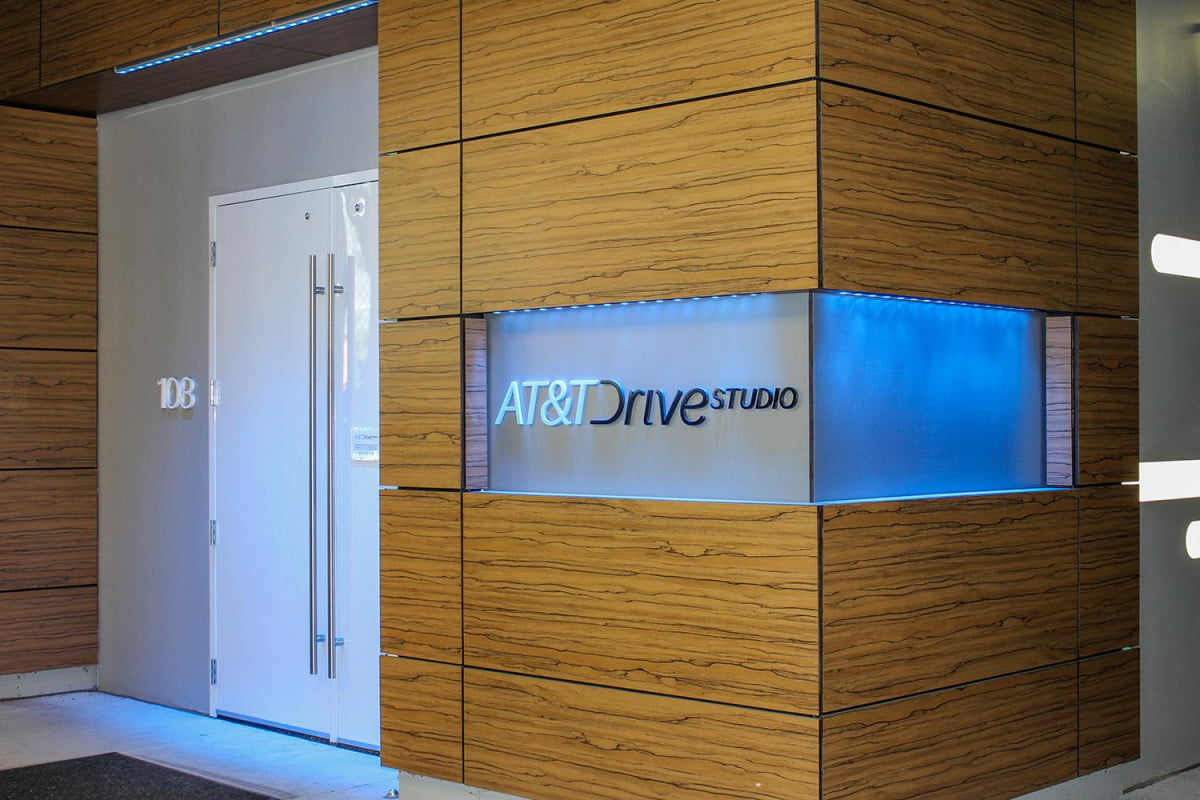 inside atts atlanta drive studio where cars get smarter at amp t