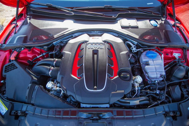 Audi RS 7 under the hood