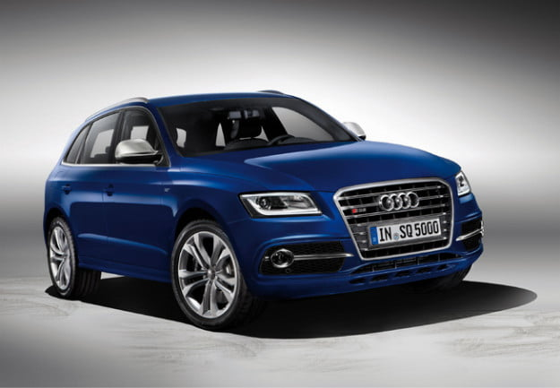 Audi SQ5 gray background front three quarter view