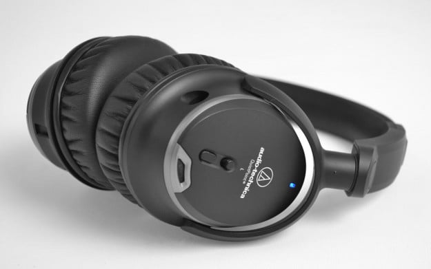 Audio Technica ATH ANC9 Review noise cancelling switch angle over the ear headphones