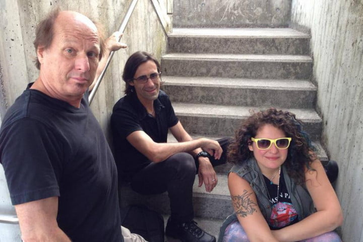 interview king crimsons adrian belew tells all about flux music app audiophile