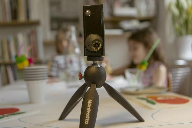 autographer the intelligent wearable camera that snaps photos for you mount adapter