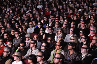 3D movie audience