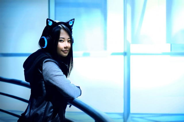 cat ear headphones raised more than  k on indiegogo in five days axent wear