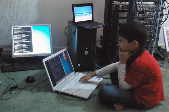 ayan qureshi youngest to pass microsoft it exam