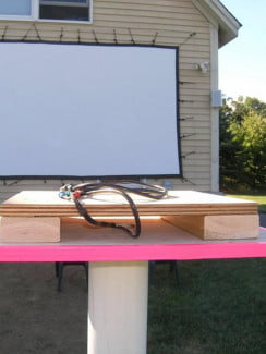 backyard-theater-projector-pvc-stand