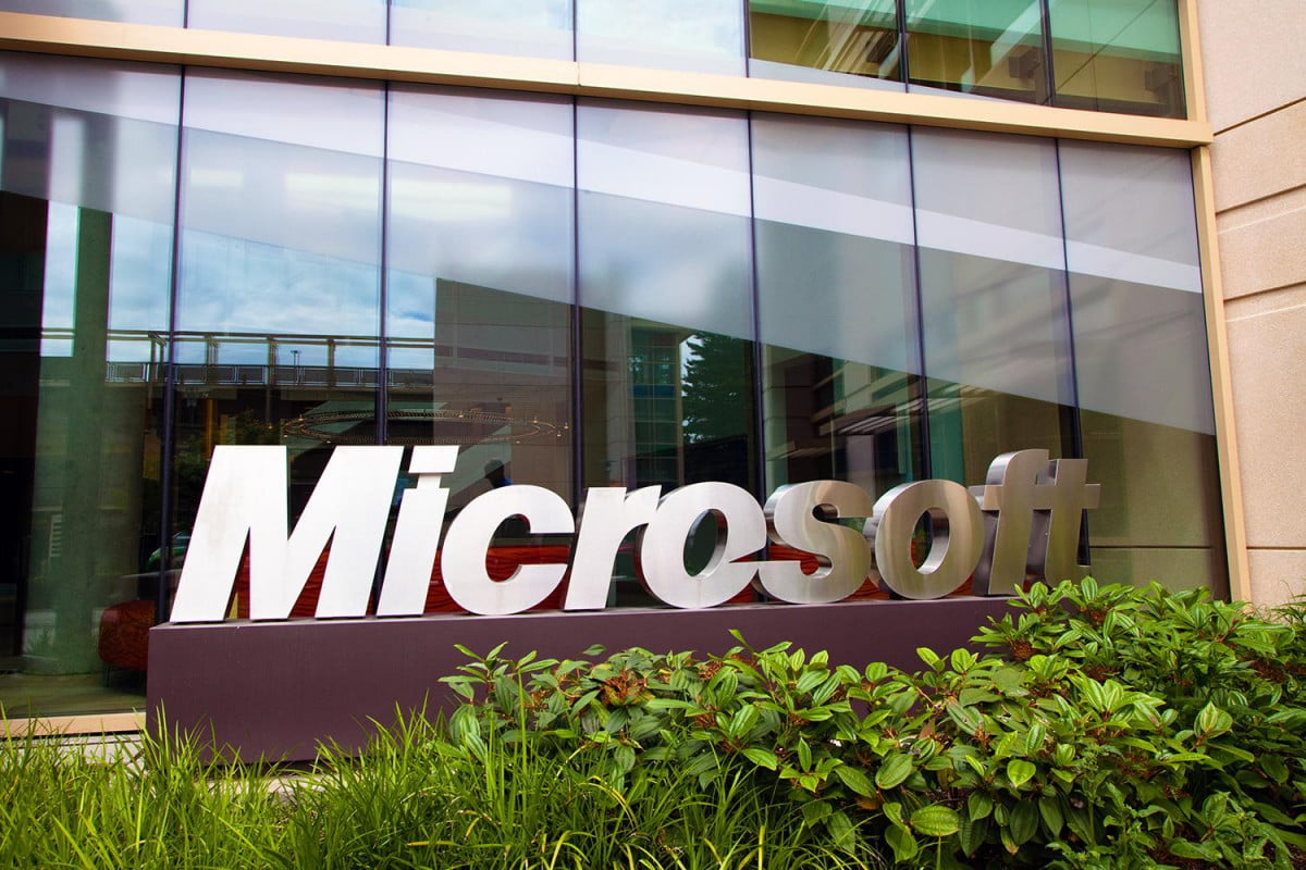 steve ballmer steps down can microsoft now step up oped header