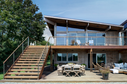 Bates Masi Architects House with Large Deck Patio