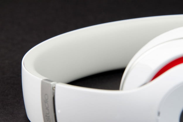 Beats by Dre Studio 2013 headband angle