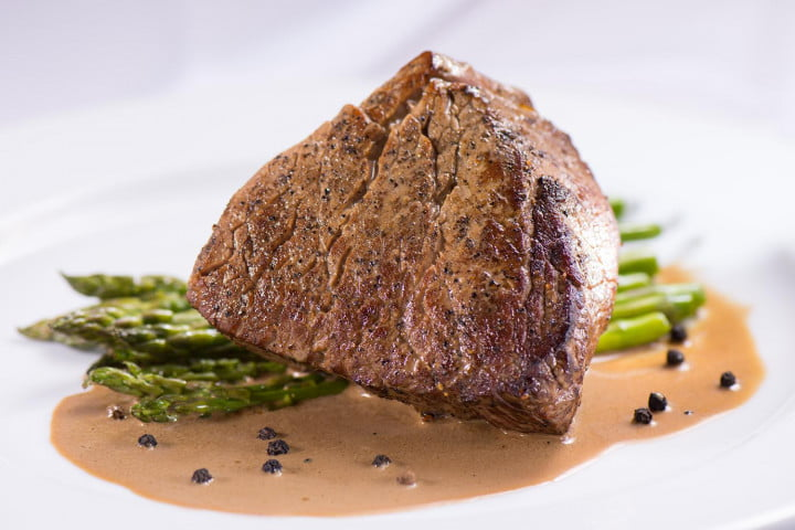 ipads are replacing waiters in airport restaurants beef tenderloin au poivre (saison  chef alain ducasse))