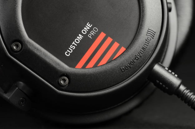 beyerdynamic custom one pro review enclosure
