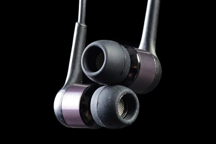 beyerdynamic mmx  ie review in ear headphones buds crossed