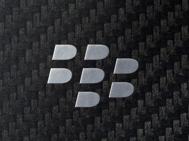 unusual blackberry prototype phone leaked codename windermere