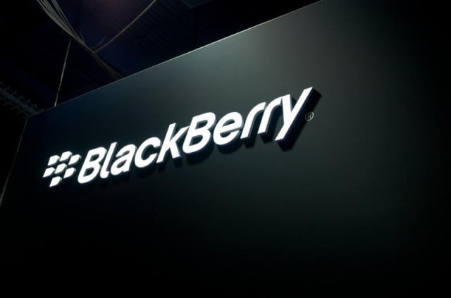 blackberry still around shows new q  qwerty phone logo