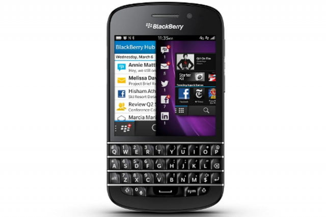 blackberry q  declared an epic fail by wsj press iamge