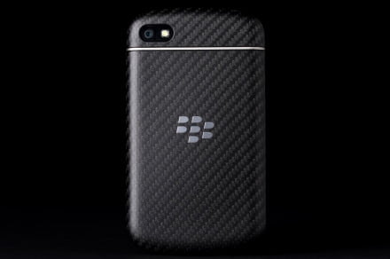 BlackBerry Q10 review back