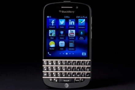 BlackBerry Q10 review front apps 2
