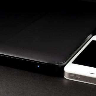 Blade-laptop-review-iPhone