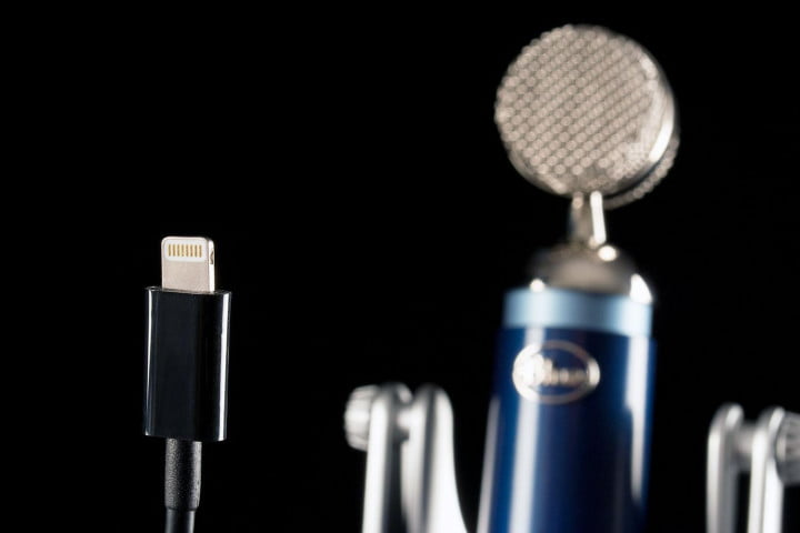 blue microphones spark digital review lightning connector