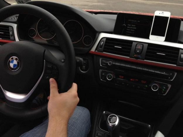 bmw-3-siris-iphone-integration-626x469