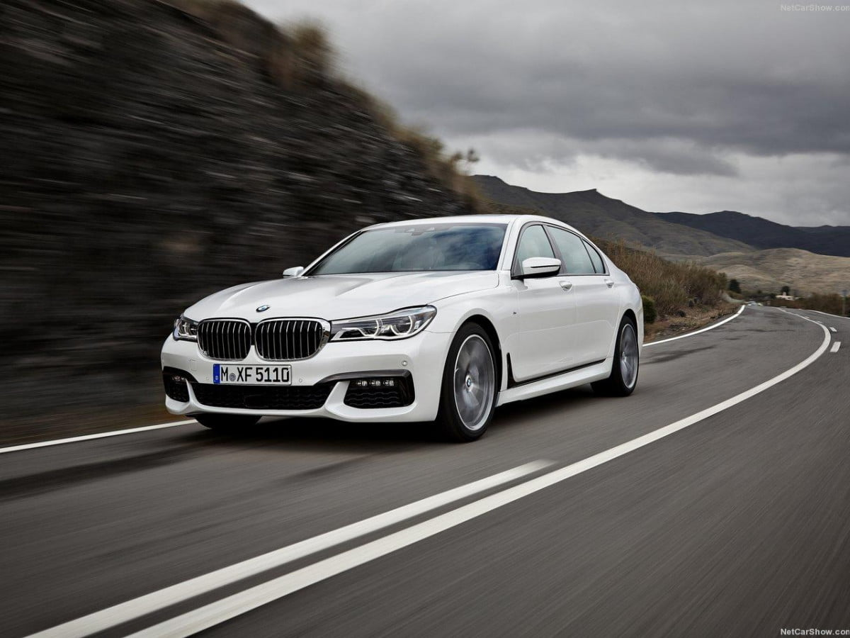 bmw  series m performance specs news rumors front angle