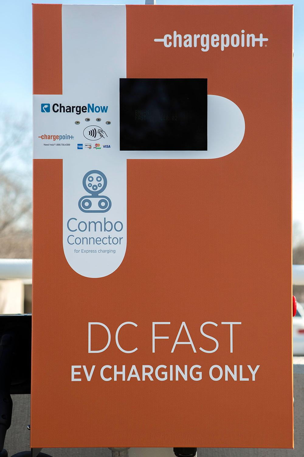 Bmw Vw And Chargepoint Create Express Charging Corridors