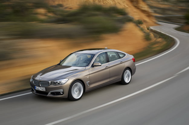 2014 BMW 3 Series GT overhead motion view