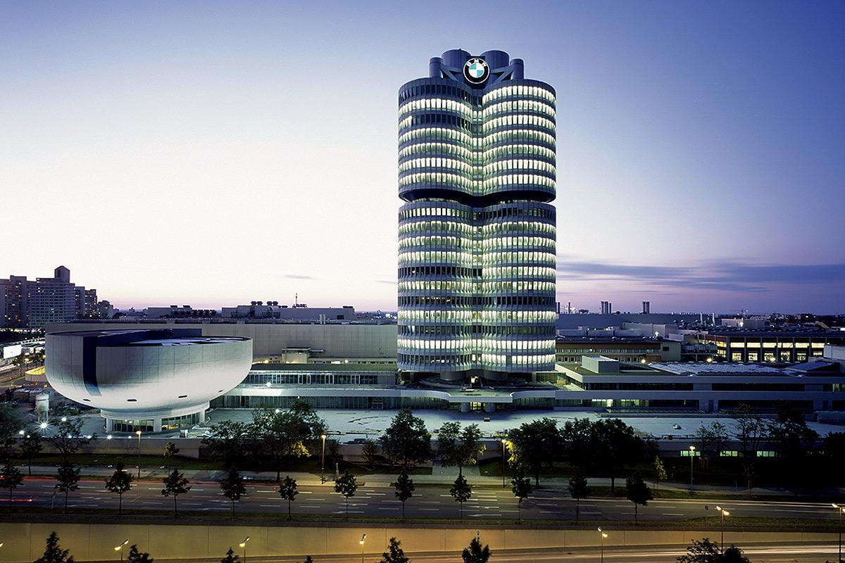 bmws light charge integrates street lamps ev charging anywhere energy bmw hq