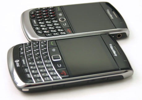 BlackBerry Bold 9700 and Curve 8900