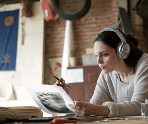 Bose QC35 vs. Sony MDR-1000X: Which noise-canceling headphones reign supreme?