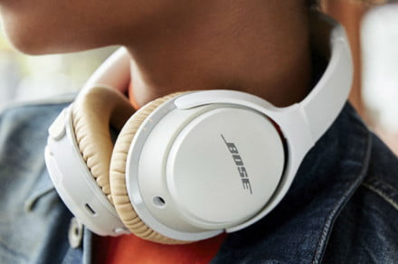 bose-soundlink-around-ear-headphones-ii zoom