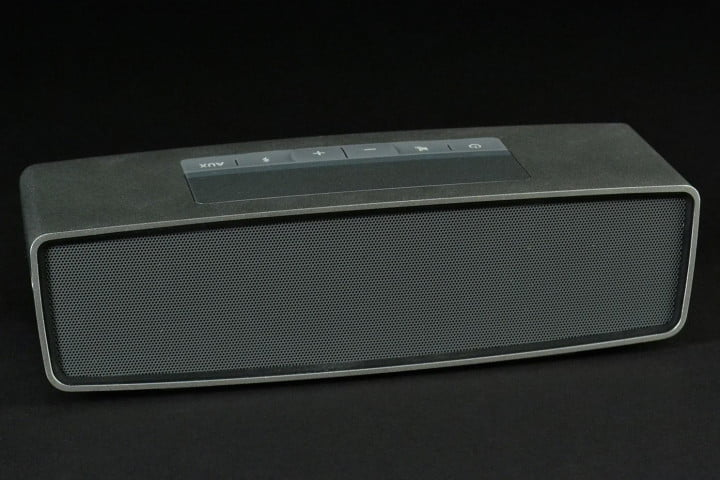 bose soundlink mini review front top angle