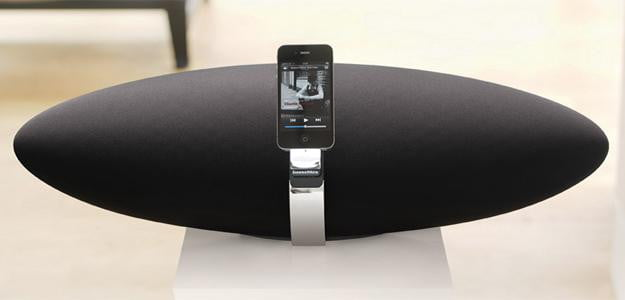 Bowers and Wilkins Zeppelin Air iphone 5 dock