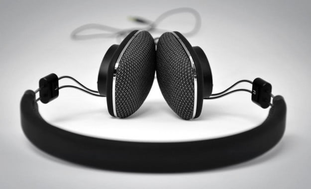 Bowers Wilkins P3 Review headphones headband over the ear